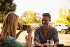 微笑照相机的 免版税库存照片