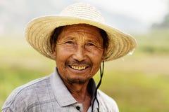 微笑的农夫,农村中国,山西画象  库存照片
