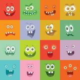 微笑的妖怪被设置 愉快的毒菌微笑字符 免版税库存照片