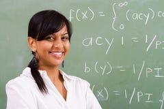 微笑的教师 免版税库存照片