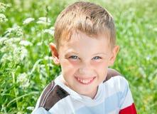 微笑的男孩纵向 免版税图库摄影