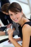 微笑的行政妇女 库存图片