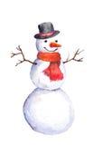 微笑的雪人用红萝卜、高顶丝质礼帽和红色围巾 免版税库存照片