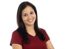 微笑的年轻印地安女孩 图库摄影
