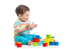 微笑的婴孩积木玩具 库存照片