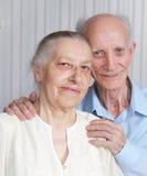 微笑的年长夫妇特写镜头画象  免版税库存图片