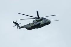 德国军队的抬举费力的货运直升机西科斯基CH-53海公马 免版税库存图片