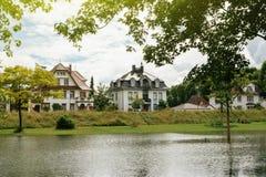 德国房子被看见在被充斥的莱茵河在与法国的边界 库存图片
