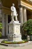 德国波茨坦 普鲁士人的国王弗里德里克威谦廉的雕塑IV在温室宫殿前 圣寿司公园  库存图片