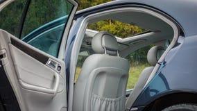 德国豪华大型高级轿车内部-轿车,皮革位子 图库摄影