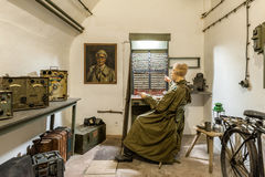 德国通信室在泽西战争中在圣劳伦斯,泽西,海峡群岛,英国挖洞复合体 免版税库存图片