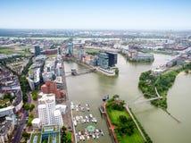 德国鸟瞰图的杜塞尔多夫市 免版税库存图片