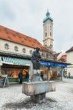 德国,慕尼黑 喷泉Elise-Aulinger 库存图片