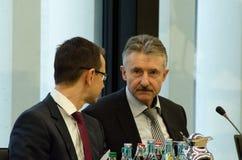 德国,莱比锡- DEZEMBER 07日2017年:卡尔海因茨Schroeter, SPD的内政部长在交谈的勃兰登堡在骗局 免版税库存照片