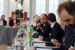 德国,莱比锡- DEZEMBER 07日2017年:联邦政府的内务部长开内务部长会议  免版税库存图片