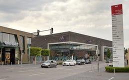 德国-2012年5月30日:出口城市梅钦根销售的中心在慕尼黑附近的 库存照片