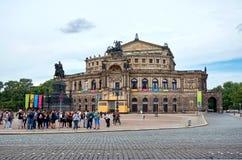 德国 歌剧院在德累斯顿Semper剧院正方形的歌剧院里在德累斯顿 2016年6月16日 库存图片