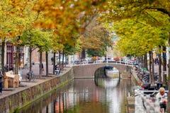 德尔福特,荷兰- 2014年9月23日:在stree的美丽的景色 免版税库存照片