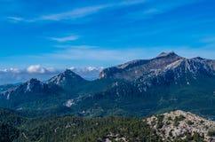 德普伊赫在Tramuntana山的de Massanella, GR 221,马略卡,西班牙 免版税库存照片