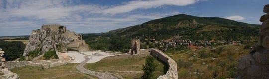 德温城堡在斯洛伐克 免版税库存图片