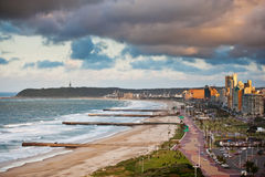 德班海滩前的南非 库存图片