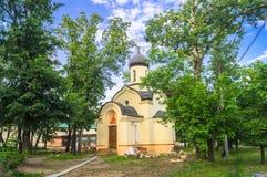 德米特里・顿斯科伊教堂在Andronikov修道院的东部墙壁外 莫斯科 库存照片