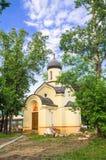 德米特里・顿斯科伊教堂在Andronikov修道院的东部墙壁外 莫斯科 免版税库存照片