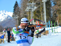德米特里Yaroshenko在IBU地方杯竞争在索契 免版税库存照片