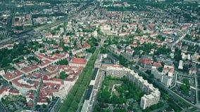 德累斯顿和郊区,德国高处鸟瞰图  库存照片