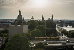 德累斯顿在后面照的市中心鸟瞰图  库存照片