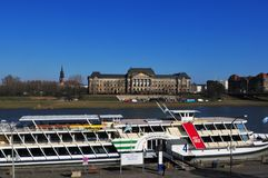 德累斯顿市有Europe's最大的河蒸汽小船舰队 免版税库存图片