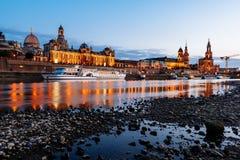 德累斯顿德国晚上 免版税库存照片