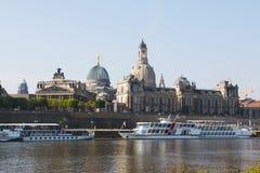 德累斯顿,德国古城 美妙的横向 免版税库存图片