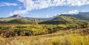 德肯斯伯格山在南非 免版税库存图片