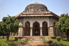 德里从事园艺印度lodi新的sikandar坟茔 免版税库存照片