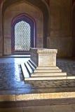 德里圆顶humayun镶嵌了红色s砂岩样式坟茔冠上白色的做的大理石陵墓大人物 免版税库存照片