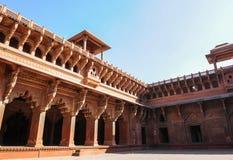 德里红堡建筑学在阿格拉,印度 免版税库存图片