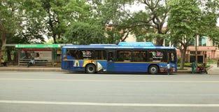 德里观光的公共汽车 库存图片