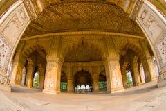 德里,印度- 2017年9月25日:私有观众的Inlaid大理石Indoord视图、专栏和曲拱、霍尔或Diwan我 免版税库存图片