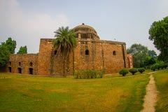 德里,印度- 2017年9月19日:Humayun坟茔,德里,印度美丽的景色  联合国科教文组织世界遗产名录站点,它是 图库摄影