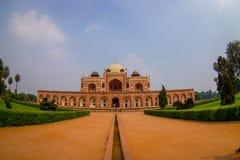 德里,印度- 2017年9月19日:Humayun s坟茔,德里,印度美丽的景色  联合国科教文组织世界遗产名录站点,它是 免版税库存图片