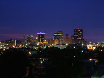 德顿市晚上俄亥俄地平线 免版税库存照片