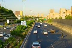 德黑兰公路交通 伊朗 免版税库存照片