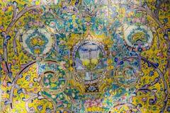 德黑兰,伊朗- 2016年10月05日:在Golestan pa的老马赛克墙壁 图库摄影