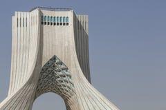 德黑兰,伊朗- 2016年10月03日:Azadi塔位于Azadi S 库存照片