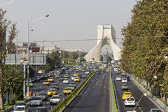 德黑兰,伊朗- 2016年10月03日:Azadi塔位于Azadi S 免版税图库摄影