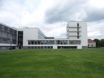 2014年德绍德国鲍豪斯建筑学派大厦 免版税库存照片