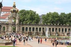 德累斯顿,德国:8月25日 2016 - 德累斯顿, Saxrony,德国著名Zwinger宫殿Der Dresdner Zwinger美术画廊  库存照片