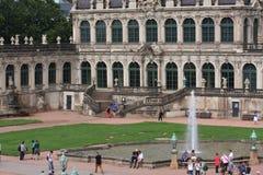 德累斯顿,德国:8月25日 2016 - 德累斯顿, Saxrony,德国著名Zwinger宫殿Der Dresdner Zwinger美术画廊  免版税库存照片