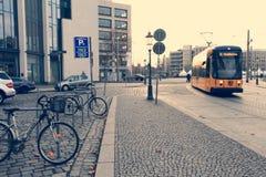 德累斯顿,德国- 2012年12月25日:现代运输 库存照片